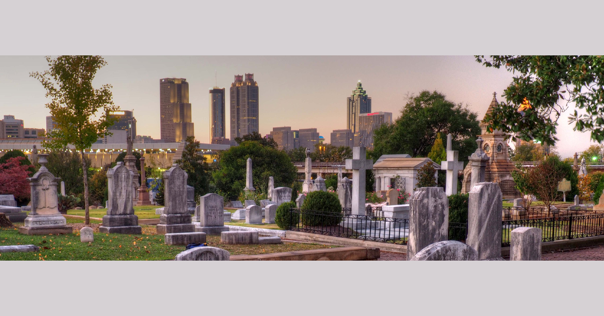 Panoramic photo of Oakland Cemetery