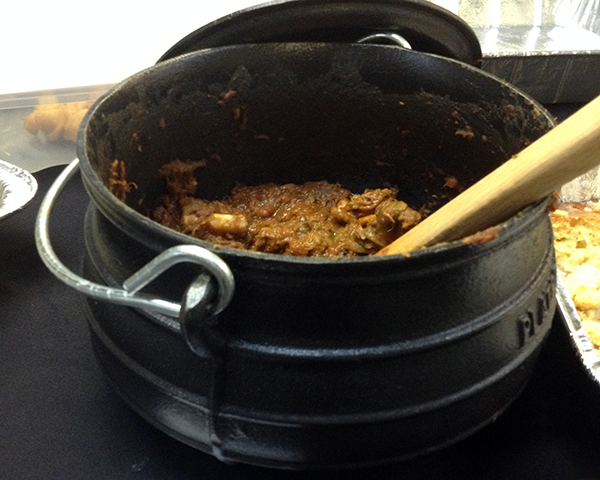 Photo of a pot of oxtail stew