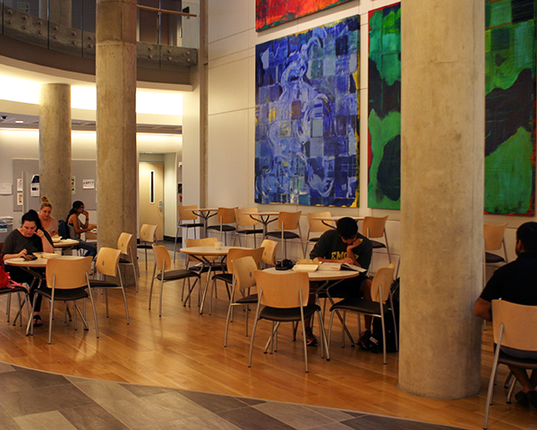 picture of cafe seating in the science commons