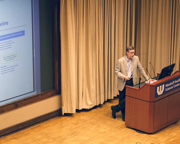 Photo of CIO addressing the LITS Division