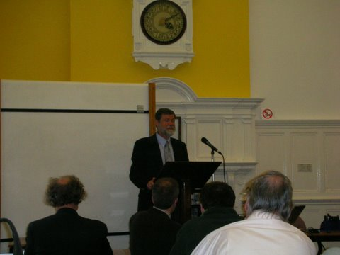 Delivering lecture at Oxford University, 04-24-2007