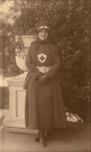 nurses-nellhodgson-120-301-499